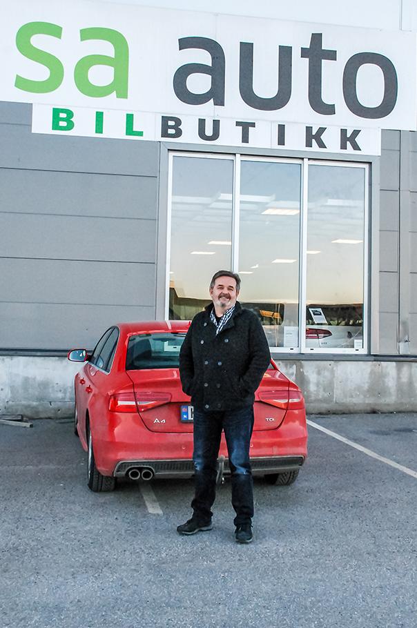 BLE SIN EGEN SJEF: Etter 28 år Som Butikksjef I Narvesen Valgte Steinar Arvid Steinnes å Satse På Bil. Foto: Pia Amariel Evensen