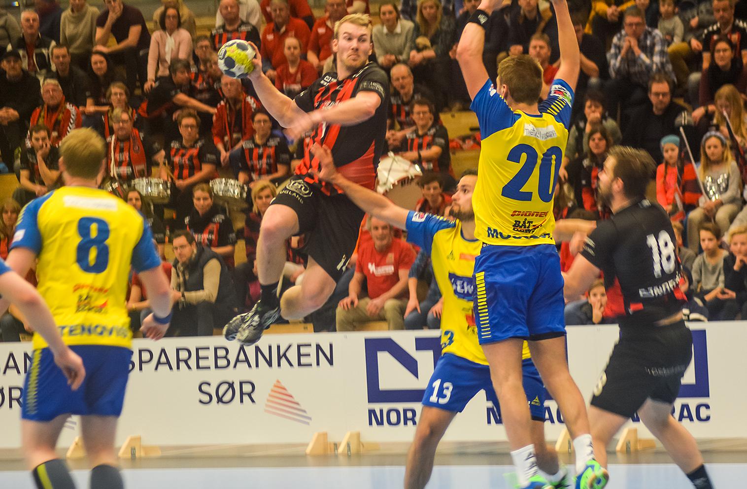 BANENS BESTE: ØIF-kaptein Eirik Heia Pedersen Ble Kåret Til Banens Beste Spiller. Foto: Nina Dorthea Terjesen