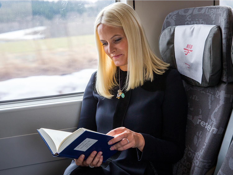 LITTERÆR TOGREISE: Kronprinsesse Mette-Marit Og Litteraturtoget Skal I år Besøke Sørlandet. Foto: Erlend Aas / NTB Scanpix