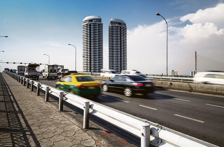 REDUSERER RISIKO: Hold Fartsgrensene Også I Utlandet. Det Reduserer Risikoen For Ulykke, Sier Trygg Trafikk. Foto: Colourbox
