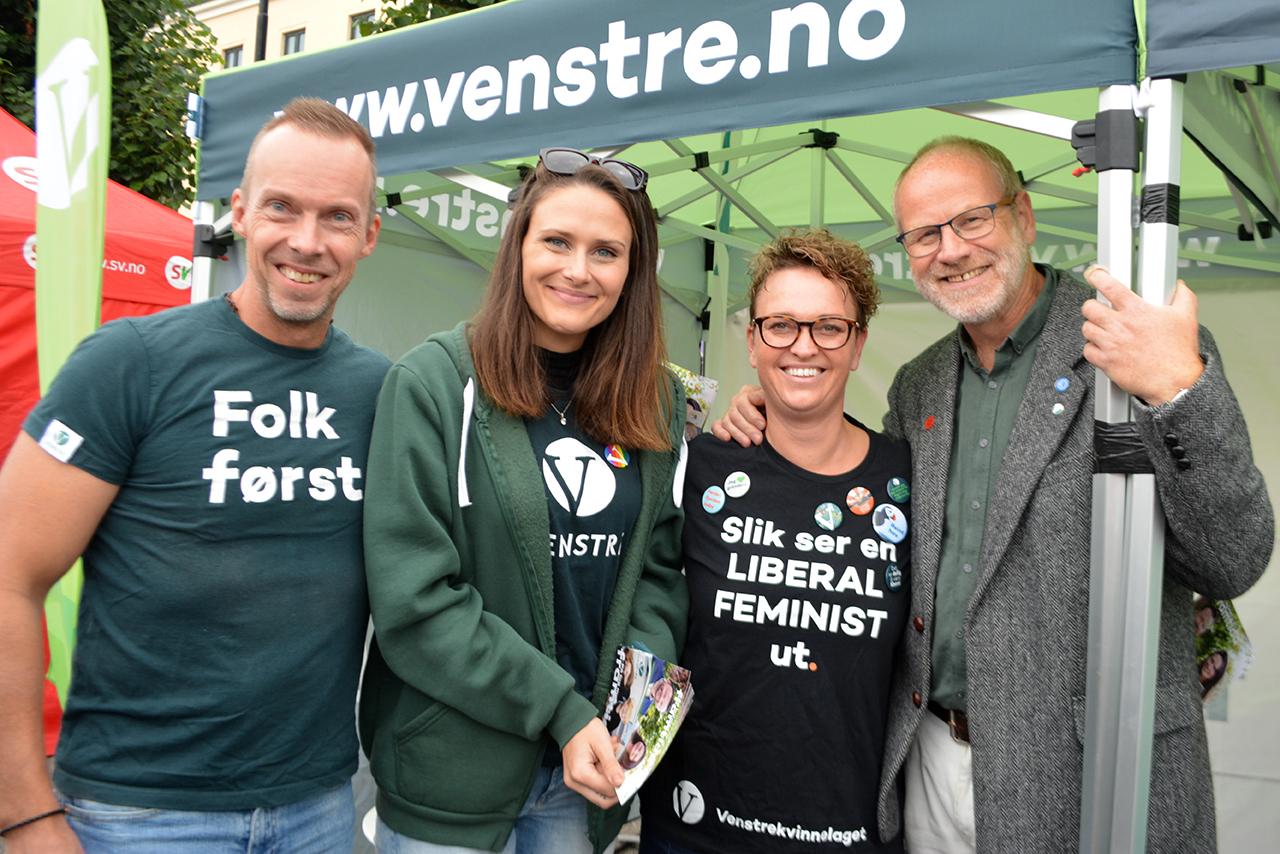 VENSTRE: De Fleste Politiske Partiene Sto På Stand Under Arendalsuka. Foto: Anita Johnsen