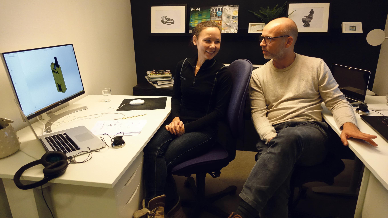 LITEN MEN STOR: Sheila Og Morten Eik Jobber Fra Dette Kontoret I Kontorfellesskapet Coworx I Kristiansand, På Oppdrag Fra Internasjonale Bedrifter.