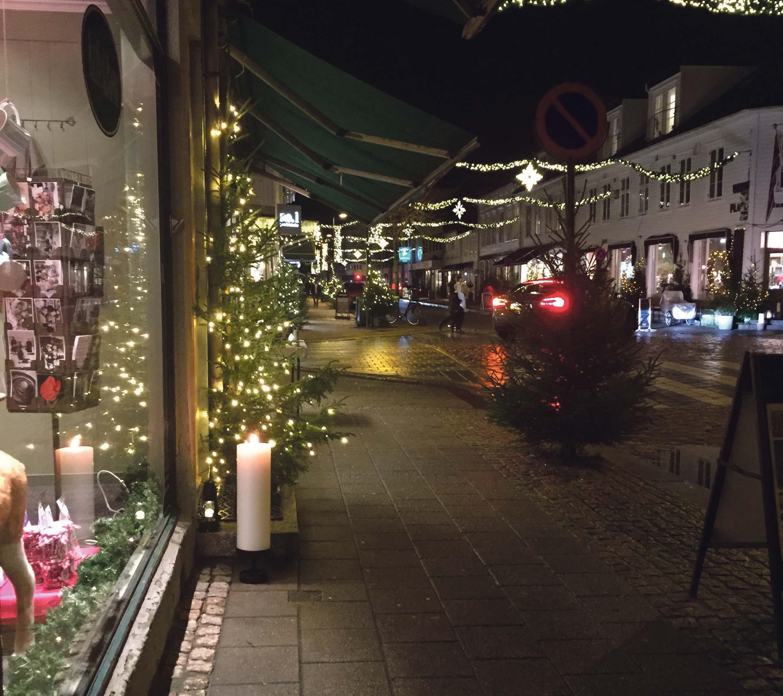 FØRJULSKOS: Det Blir Førjulskos I Skippergata Og Kirkegata Den 8. November. Bildet Er Fra I Fjor. Foto: Kjersti Karlsen.