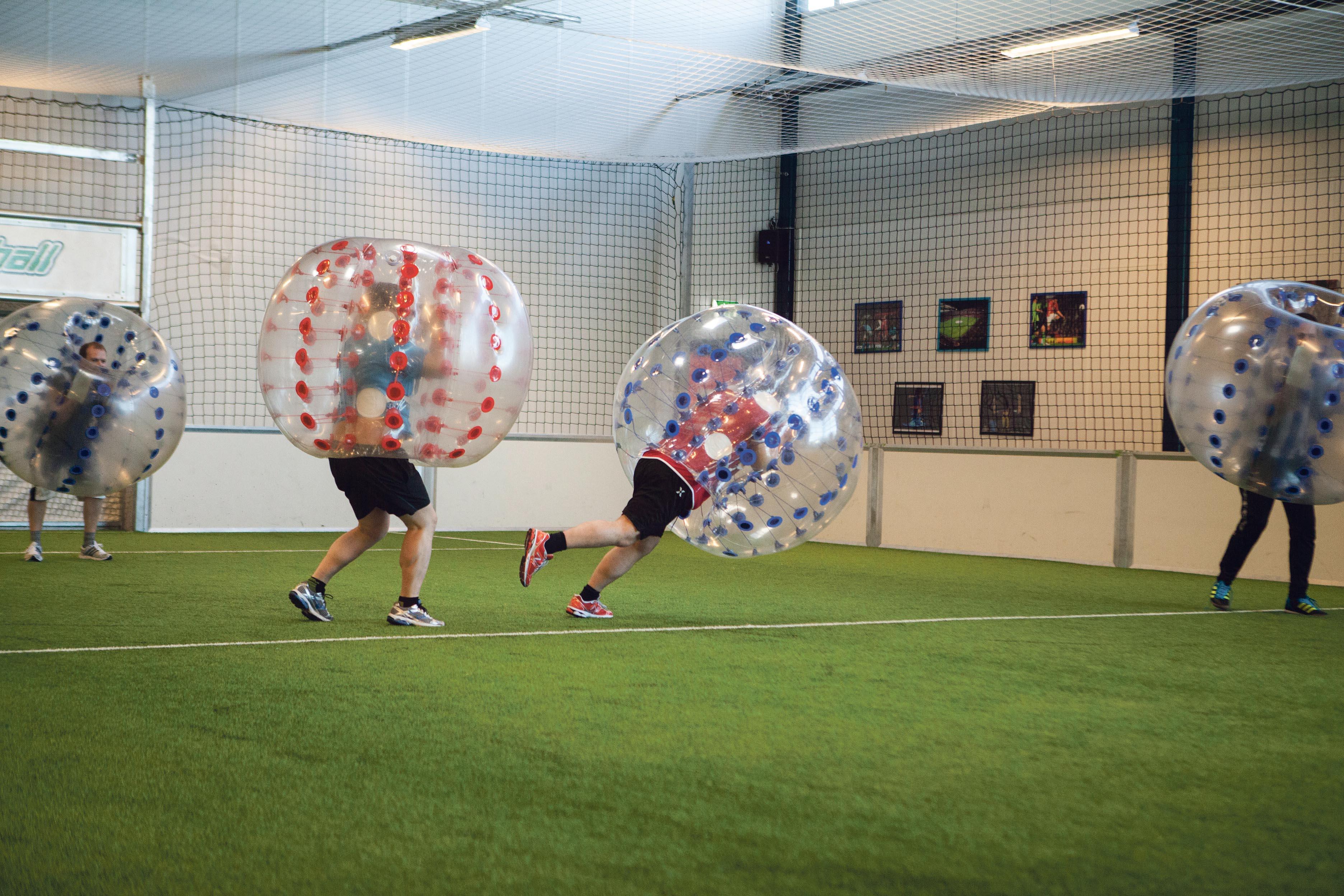 POPULÆRT: Boble-fotball Er Også En Populær Aktivitet. Foto: Sport Og Moro