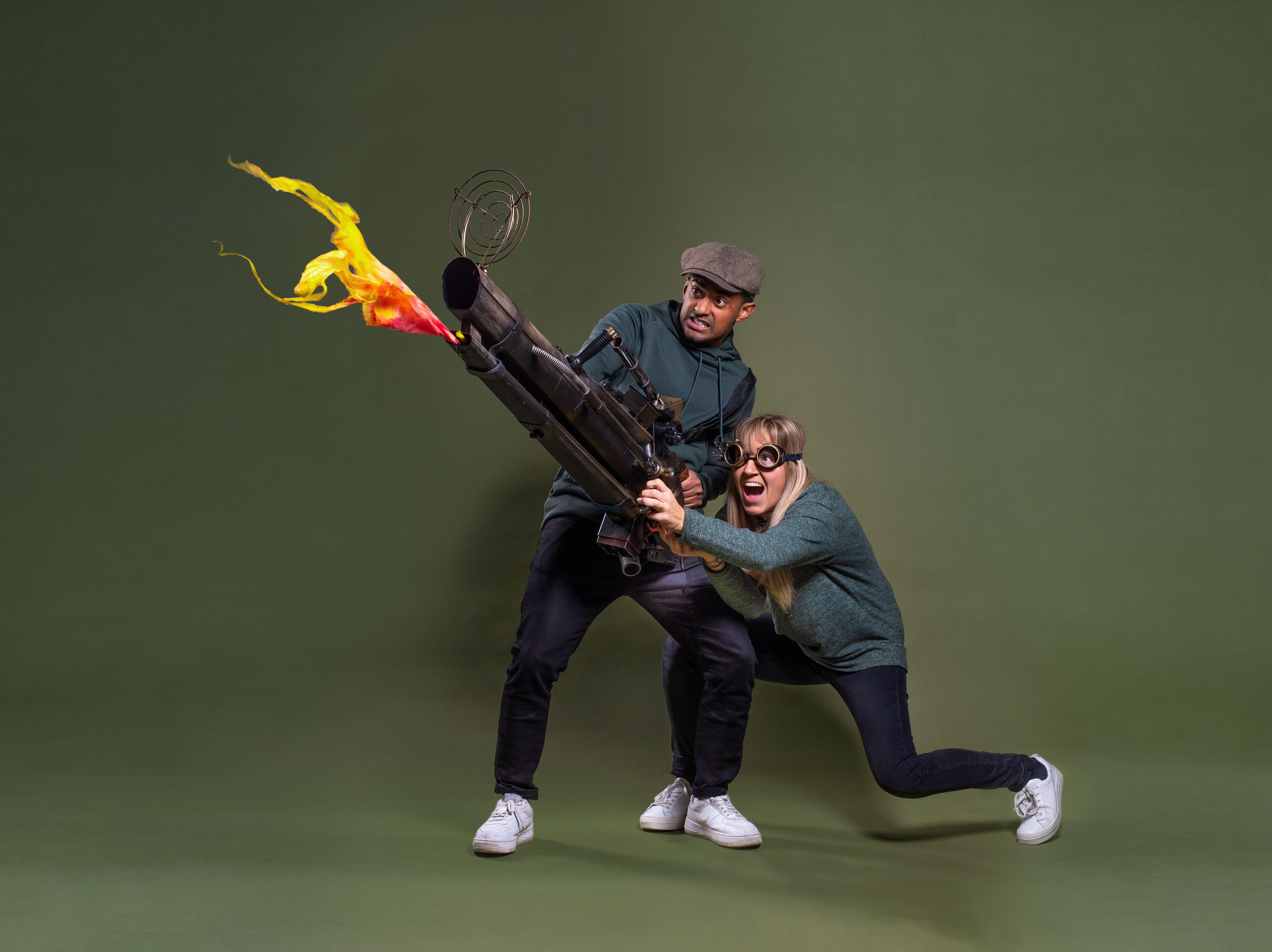 GØYAL: Den Nye Teaterforestillingen For Barn Og Ungdom I Kilden, Gutta I Juletrehuset, Byr På Gøyale Scener. Foto: Jon-Petter Thorsen.