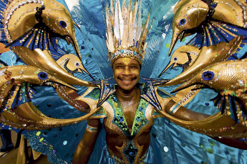 Inviterer Til Vaskeekte Trinidad-karneval