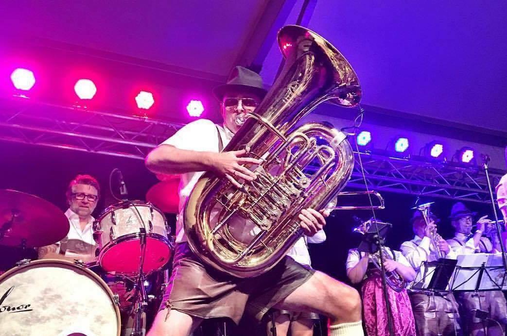 Oktober Fest Tuba