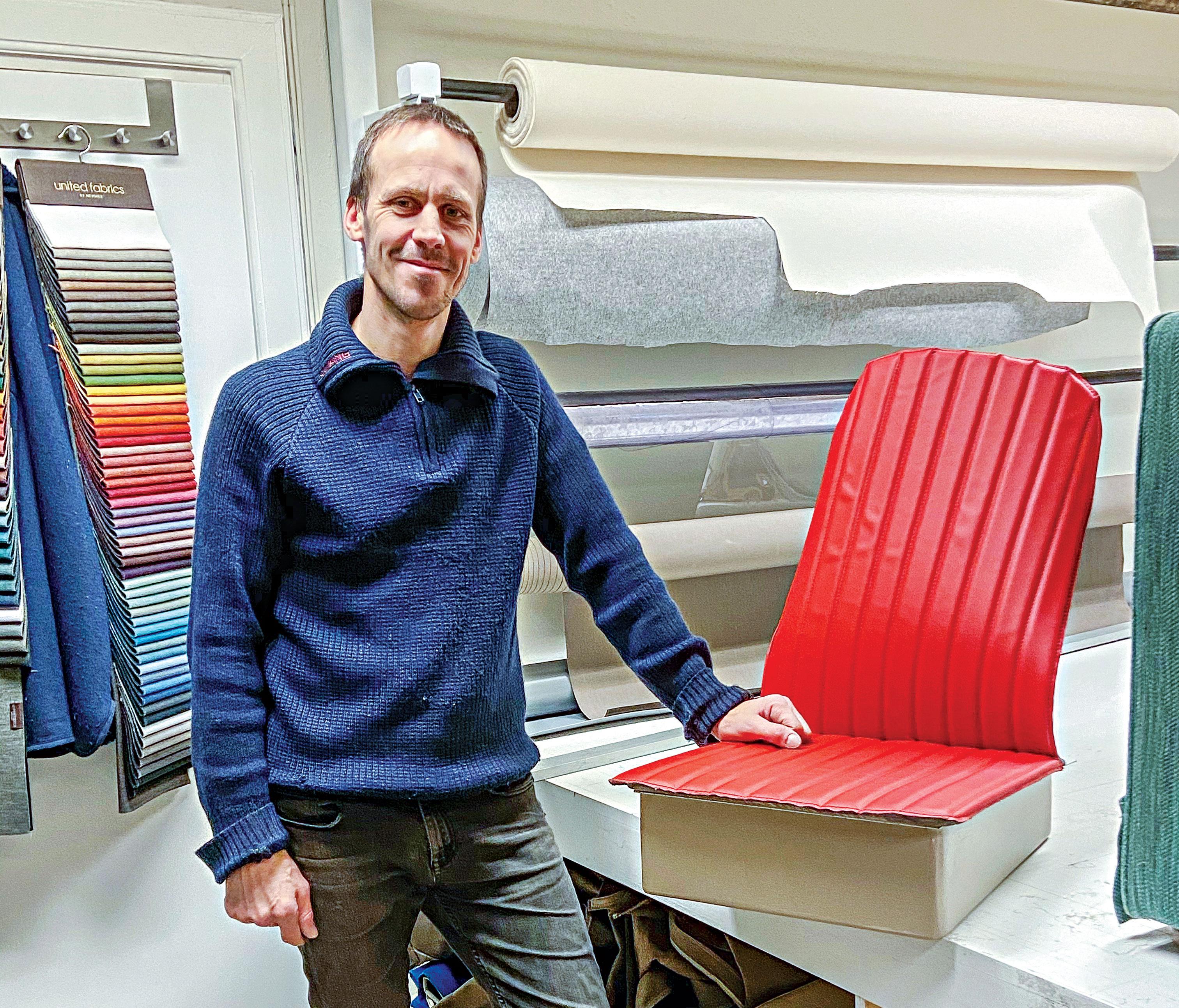 BÅT: Fra Mars Og Til Langt Utover Høsten Er Det Diverse Båtoppdrag Som Står øverst På Listen Til Øyvind Larsen.