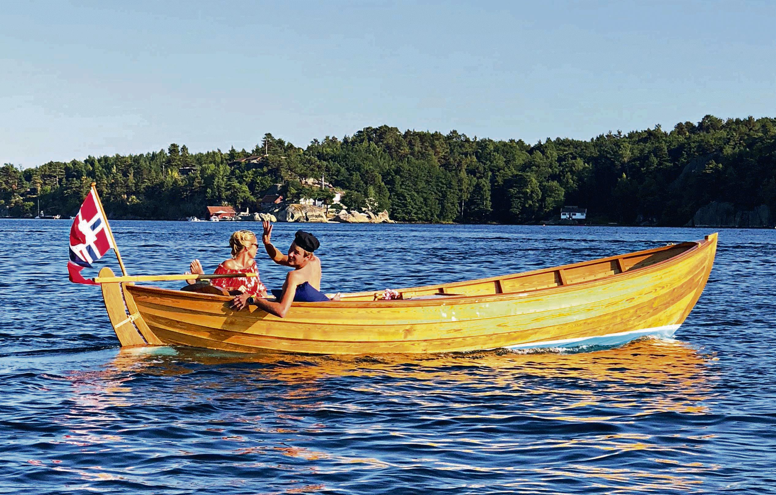 Drømmesjekta Pryder Fjorden