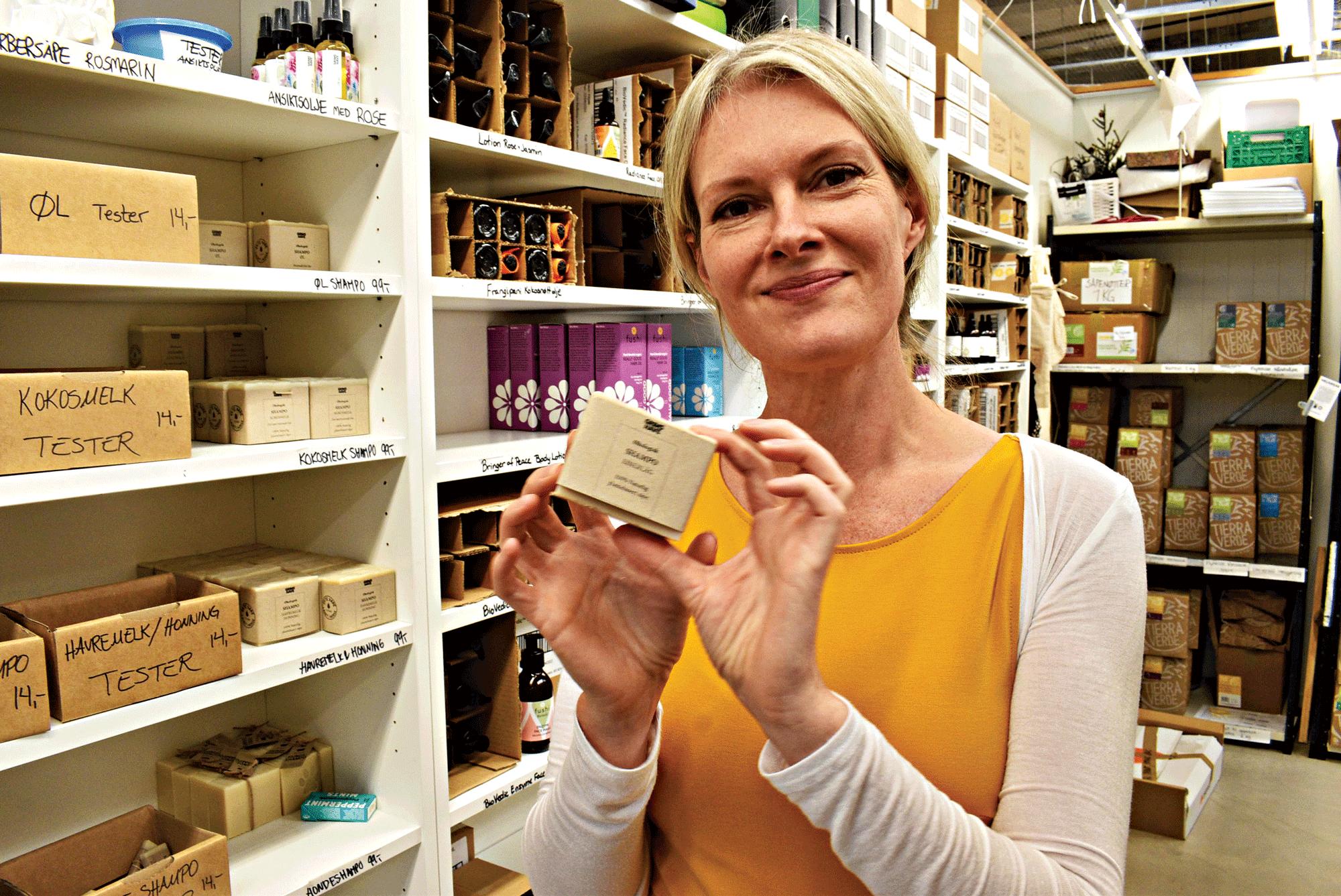 EMBALLASJE: - Miljøvennlig Håndsåpe Med Emballasje Som Er Nedbrytbar, Er Et Av Mange Bærekraftige Produkter, Sier Ingvild Endresen.